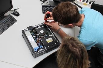ept Ausbildung FAchinformatiker Systemintegration Hardware.JPGept Ausbildung FAchinformatiker Systemintegration Hardware