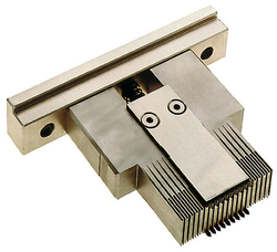 hm B25 B22 B19 E Einpresswerkzeug ML Foto.jpg
